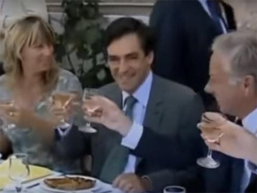 """François Fillon : """"j'avais bu du rosé corse"""""""