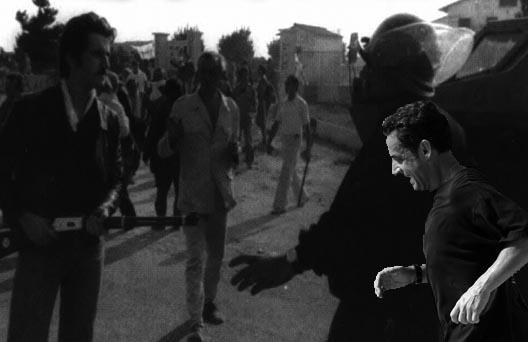 Allora, Sarkozy l'hà plasticatu o nò u muru di Berlinu ?