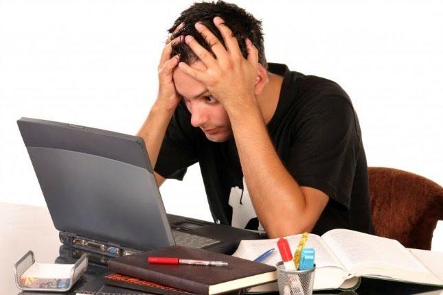 Chì formule scrive per principià è finisce un mail ?