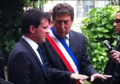 Valls parla è Milù piglia a cummanda.