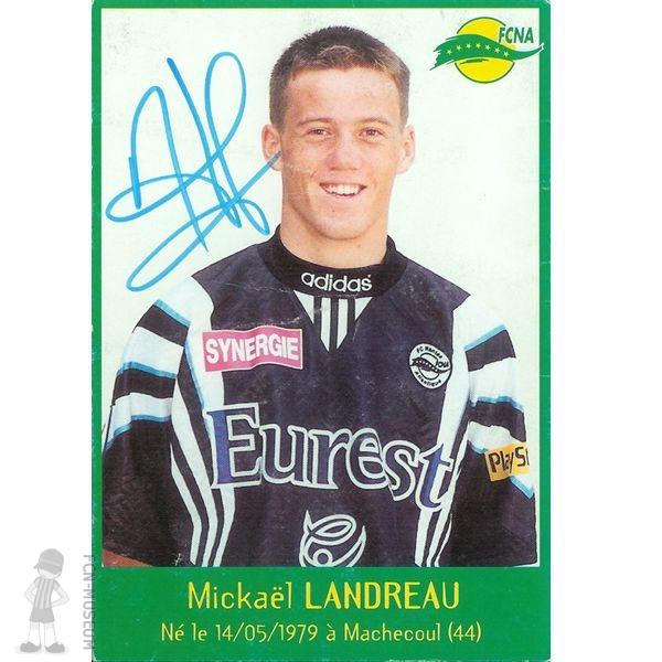 Landreau s'arresta