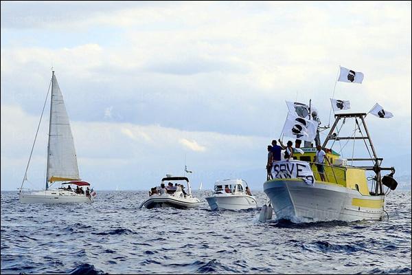"""""""Flotille citoyenne"""" : ùn basterà micca per piglià à Capraia"""