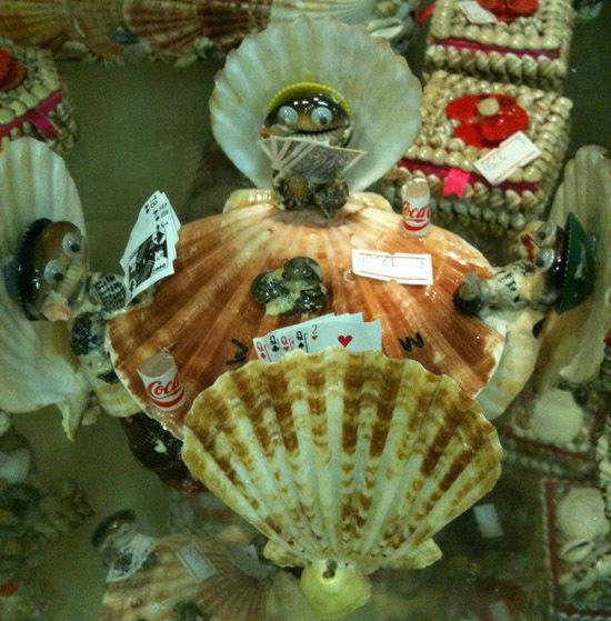 Natale azezu : 15 rigalacci goffi à offre à quelli chì vi stumacanu