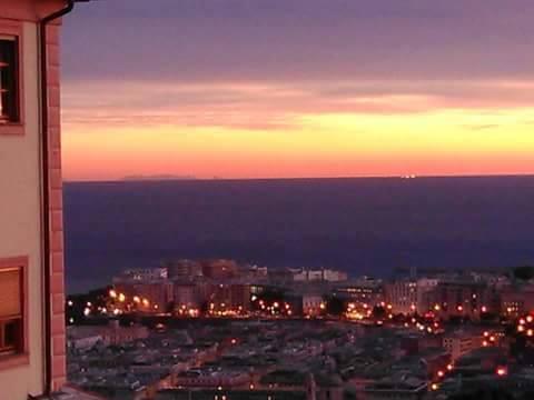 A Corsica vista da Genuva