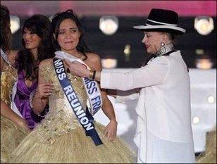 Da u Nepale à Miss Francia, passendu pà u corsu Napuliò