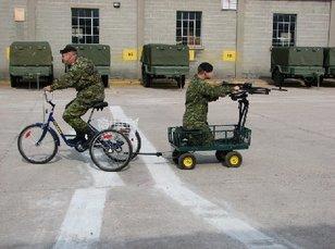 I militari francesi s'approntanu à a lotta!