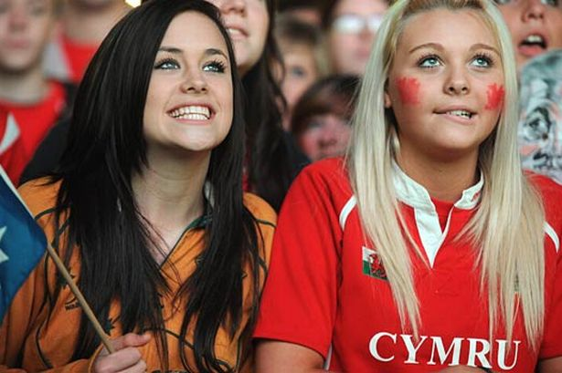 """In lingua gallese, """"Paese di Gallia"""" si dice """"Cymru"""""""