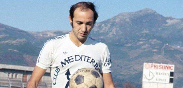 28 ghjennaghju di u 1983, more Claude Papi