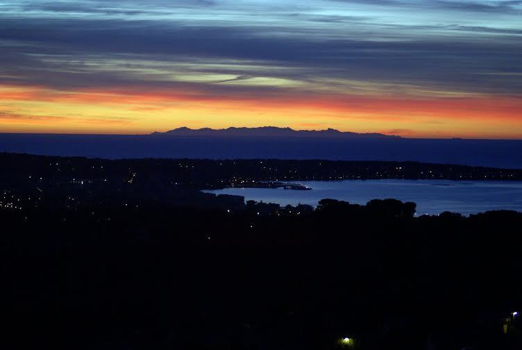 A Corsica vista da... Vallauris