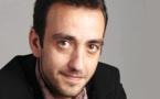 """Jérôme Ferrari : """"j'aimerais qu'on soit un peu moins obsédés par l'image qu'on donne sur le continent"""""""