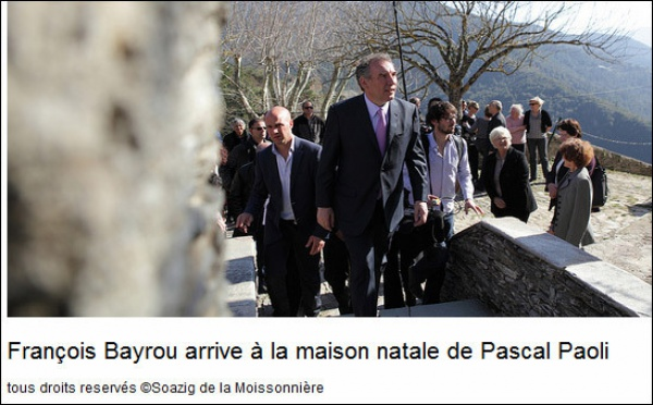 Bayrou hè cullatu à strappà i voti in a casa di Pasquale Paoli