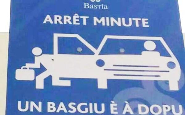 Ci vole veramente à oppone parking è lingua corsa ?